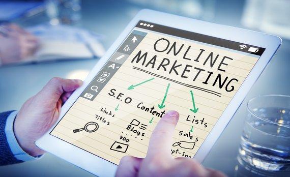 Tại sao mọi doanh nghiệp phải cần làm SEO website?