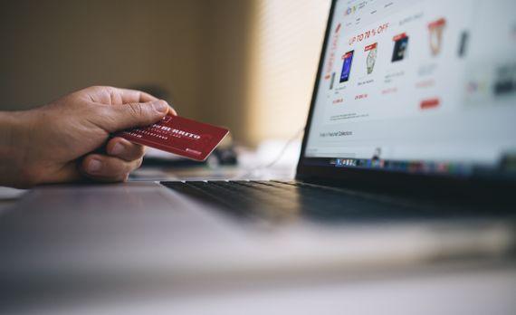 Để bán hàng qua mạng thành công, việc quan trọng cần làm là gì?