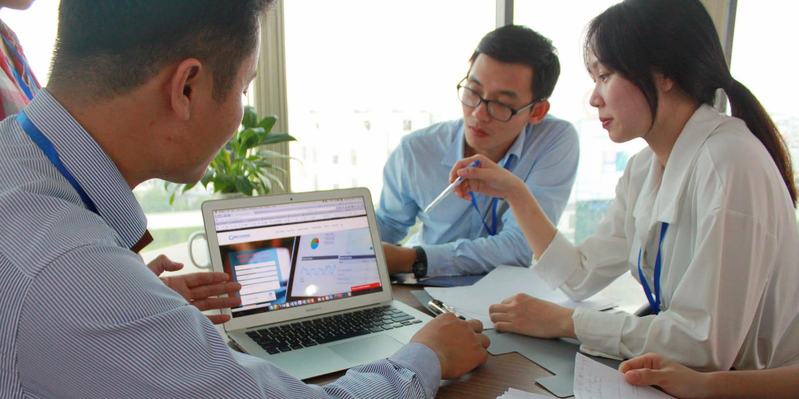 nhận tư vấn dịch vụ seo từ khóa giá rẻ gobranding