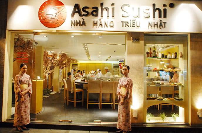 Văn hóa doanh nghiệp được thể hiện ngay tại cửa hàng.